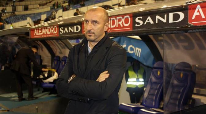 Ranko Popovic es apoyado por el club